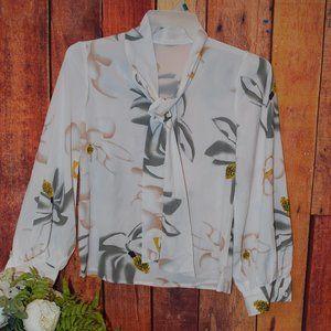 Tops - 🔴 3/$20 ladies blouse top flower dress